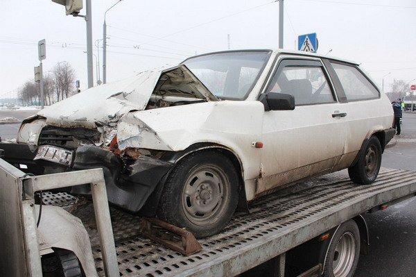 В центре Гродно «Фольксваген» не пропустил «Ладу»: в аварии пострадал пассажир (Фото), фото-4