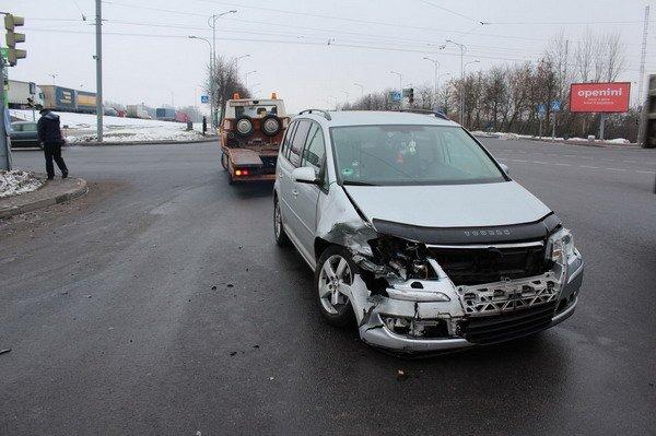 В центре Гродно «Фольксваген» не пропустил «Ладу»: в аварии пострадал пассажир (Фото), фото-2