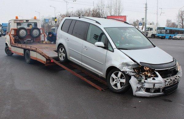 В центре Гродно «Фольксваген» не пропустил «Ладу»: в аварии пострадал пассажир (Фото), фото-3