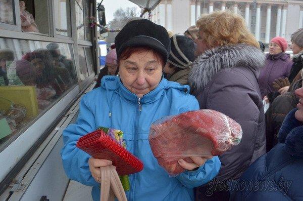 Мясная ярмарка в Гродно собрала большие очереди (Фото), фото-1