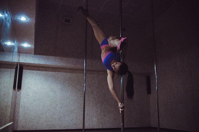 В Белгороде прошёл ежегодный отчётник школы шестовой акробатики, фото-3