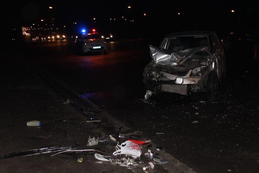У Львові не розминулись «Skoda» та «Жигулі» : п'ятеро людей опинились у лікарні, від автівок нічого не залишилось (ФОТОРЕПОРТАЖ) (фото) - фото 8