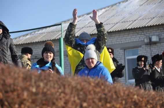 Николаевские правоохранители с военнослужащими собрали на футбольном матче деньги для бойца, спасшего товарищей в зоне АТО (ФОТО) (фото) - фото 7