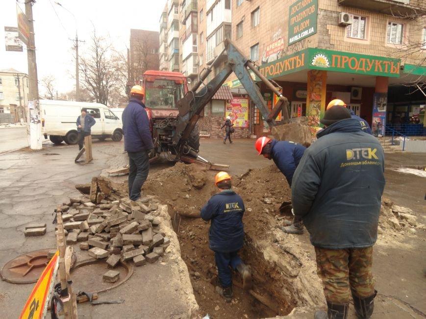 ДТЭК Донецкоблэнерго спасает центр Мариуполя от возможного отключения (ФОТО) (фото) - фото 1