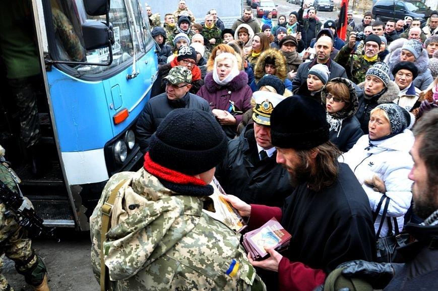 Морские пехотинцы из Одессы отправились в зону АТО (ФОТО), фото-2