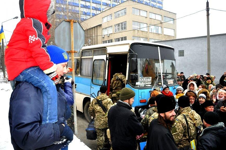 Морские пехотинцы из Одессы отправились в зону АТО (ФОТО), фото-1