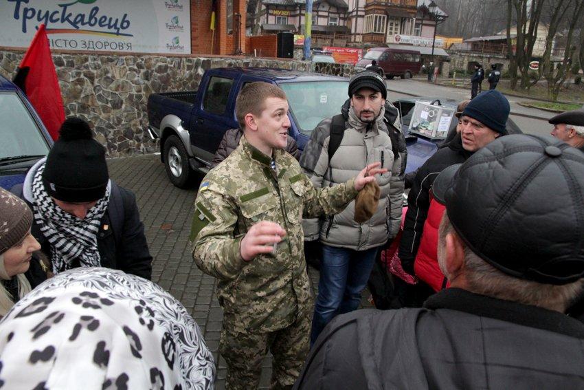 Львів'яни разом із росіянами зібрали гроші на всюдиходи до АТО (ФОТОРЕПОРТАЖ) (фото) - фото 16