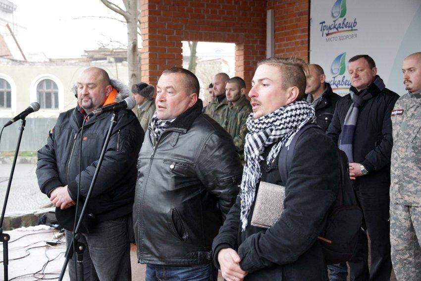 Львів'яни разом із росіянами зібрали гроші на всюдиходи до АТО (ФОТОРЕПОРТАЖ) (фото) - фото 8
