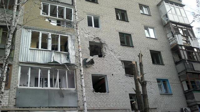 В Авдеевке в результате вчерашних обстрелов убиты два человека - уточняет ГУ МВД в Донецкой области (фото) - фото 1