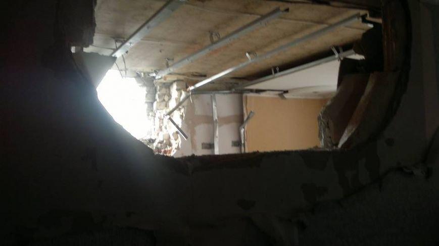 За сутки в Авдеевке 2 человека убиты, 13 получили ранения (фото) - фото 4