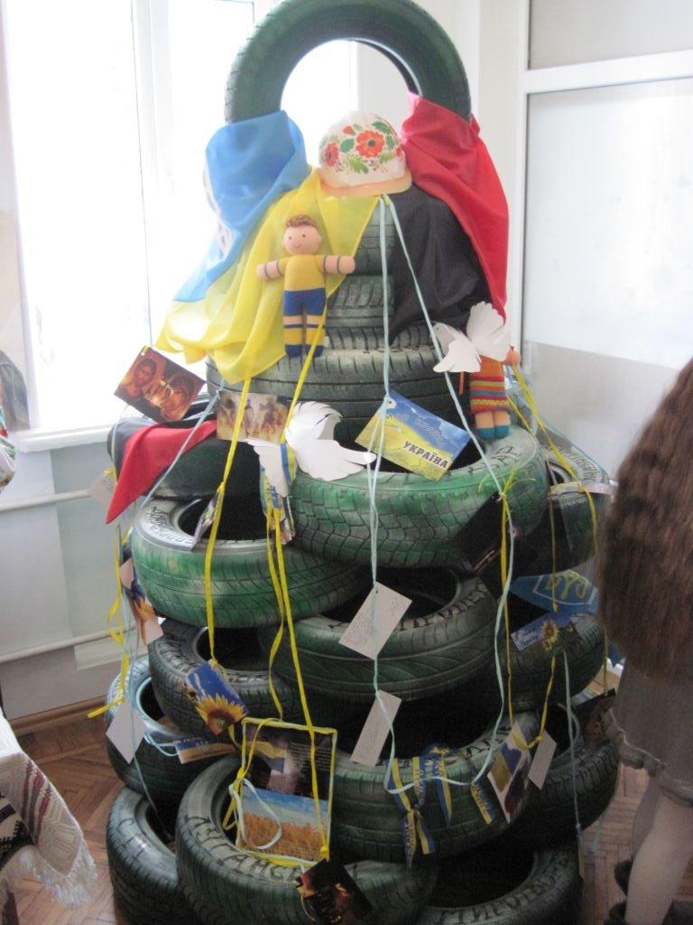 Тернополянам представили «Замість ялинки – різдвяний букет» (фото) (фото) - фото 1