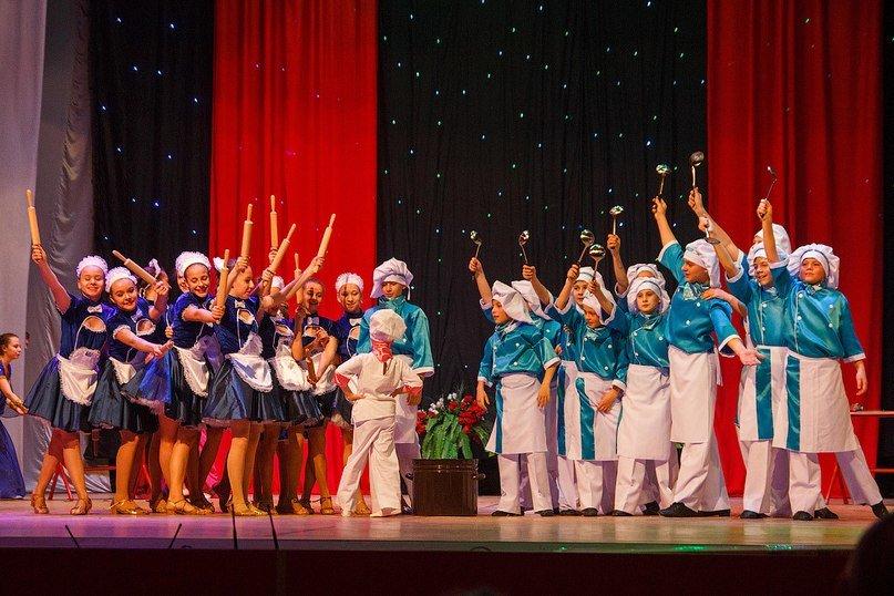 АКХЗ сделал подарок талантливым детям Авдеевки (фото) - фото 1