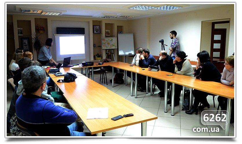 Художники  и архитекторы встретились с предпринимателями Славянска. (фото) - фото 1