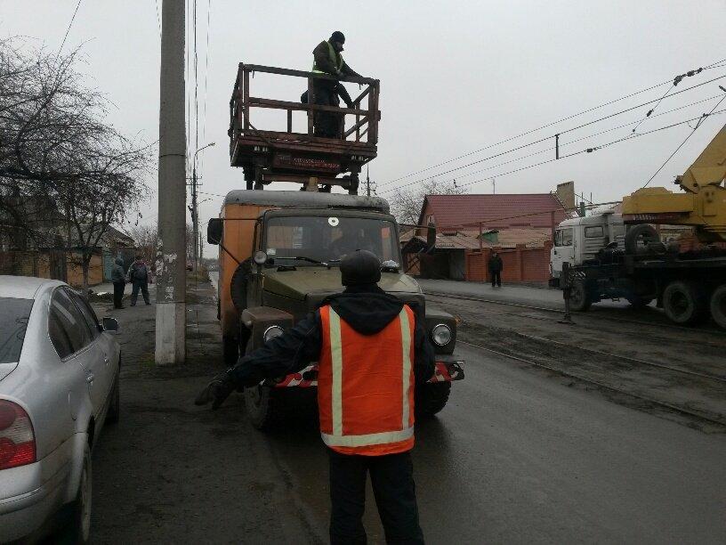В Мариуполе ильичевский автобус врезался в забор (ФОТО+ДОПОЛНЕНО), фото-11