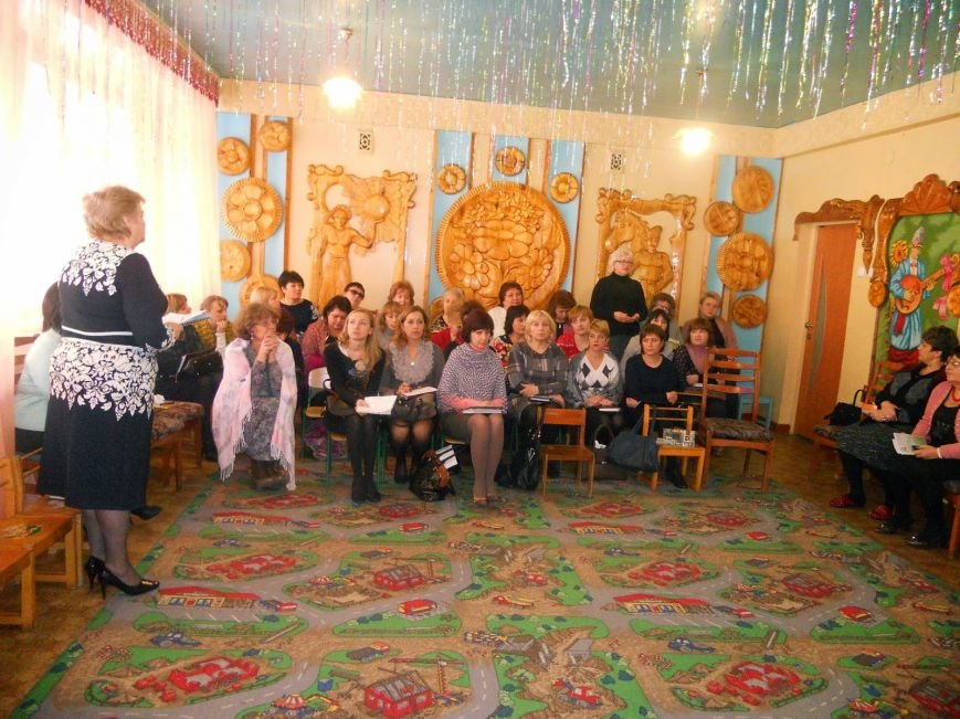 В Доброполье прошел семинар руководителей дошкольных учреждений на тему: «Духовное воспитание детей на основе христианского вероучения» (фото) - фото 1