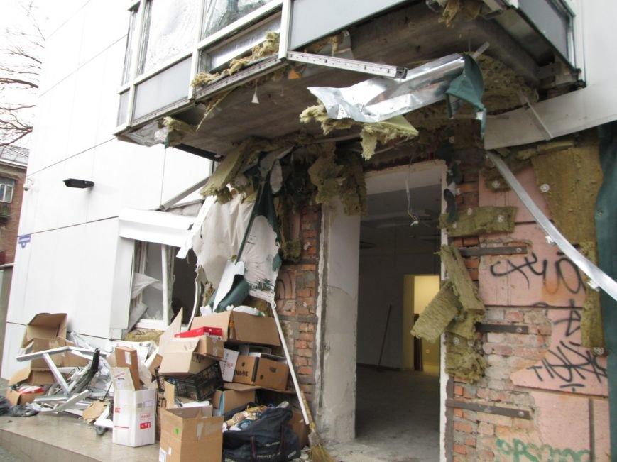 Теракт в Одессе совершил человек в женском пальто (ФОТО) (фото) - фото 3