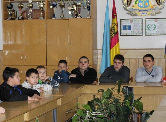 Кировоградские участковые провели встречу со школьниками (фото) - фото 1