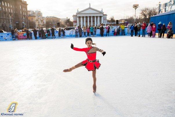 Сегодня в Волгограде на катке проведут зарядку на льду (фото) - фото 1