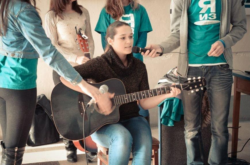 Мариупольские студенты ПГТУ пели на переменах и заработали около 2 тысяч гривен (ФОТО), фото-3
