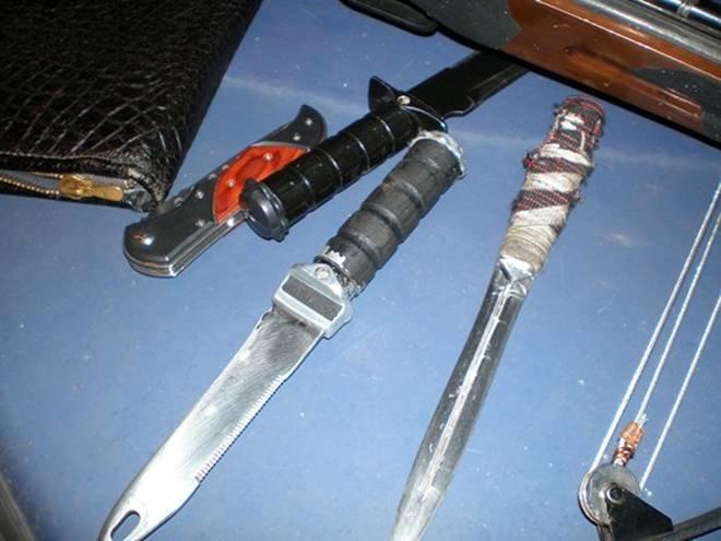 В «БМВ» с перебитыми номерами запорожская милиция нашла оружие (ФОТО, ВИДЕО) (фото) - фото 3