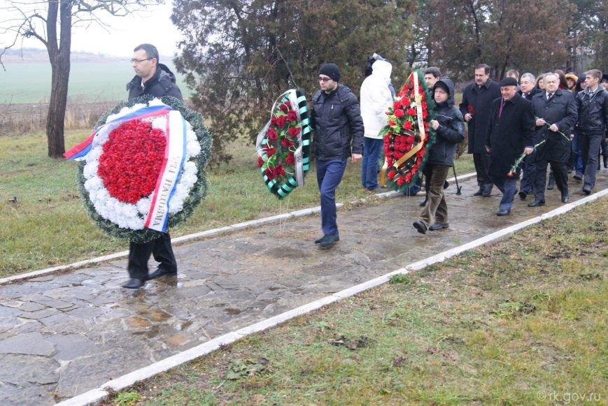 В Крыму почтили память крымчаков и евреев - жертв нацизма (ФОТО) (фото) - фото 1