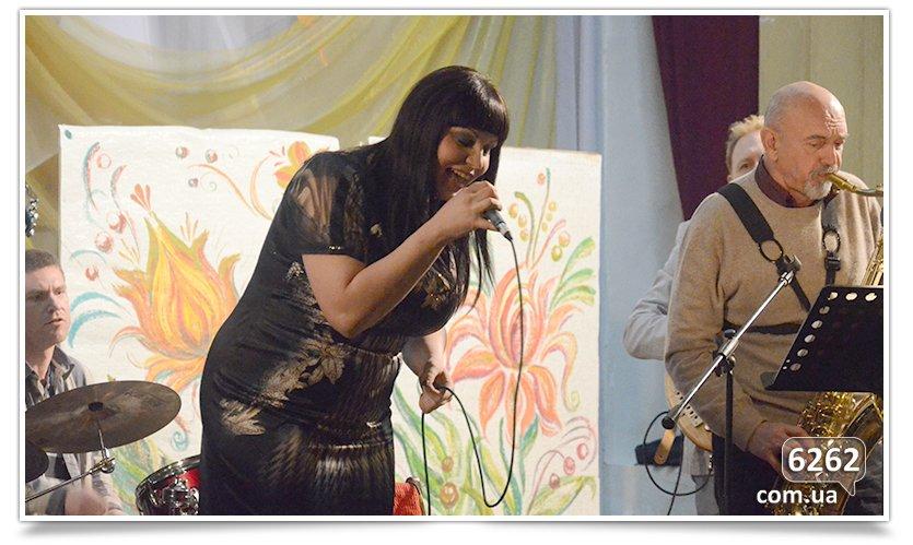 В Славянске прошёл джазовый фестиваль Jazz Bez (фото) - фото 2