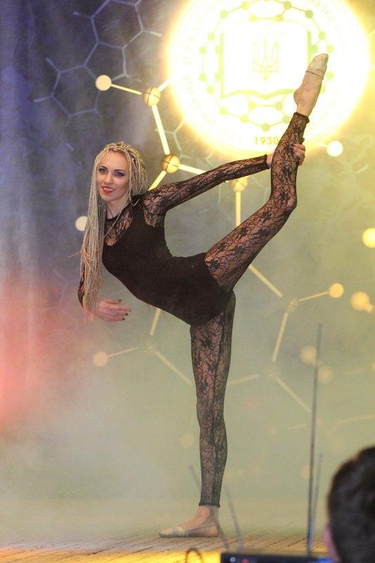 В Днепропетровском «УГХТУ» выбрали первую красавицу (фото) - фото 4
