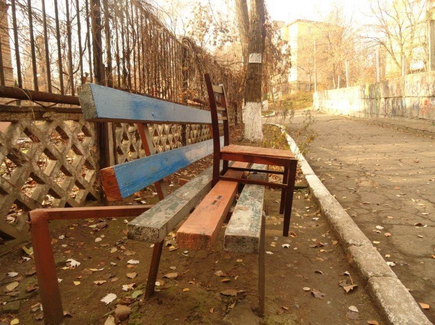 Фотопятница: «Раз, два, три, четыре, пять, вышла мебель погулять» (фото) - фото 3