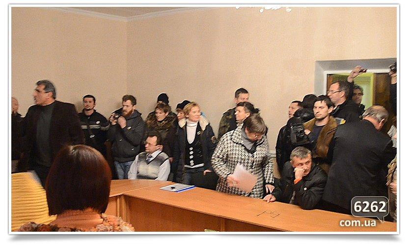 Продолжается люстрация директора славянского лицея. (фото) - фото 2