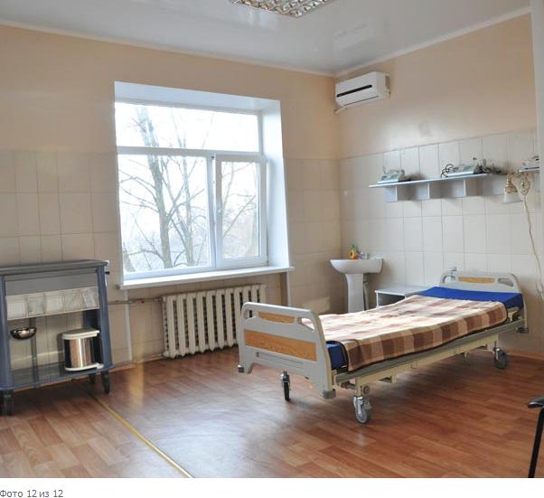 Рабочий визит администрации в детские лечебные учреждения Славянска (фото) - фото 3