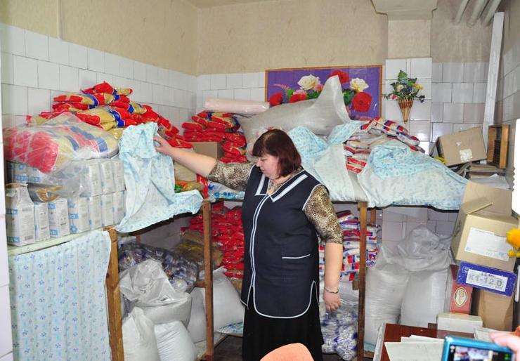 Рабочий визит администрации в детские лечебные учреждения Славянска (фото) - фото 2