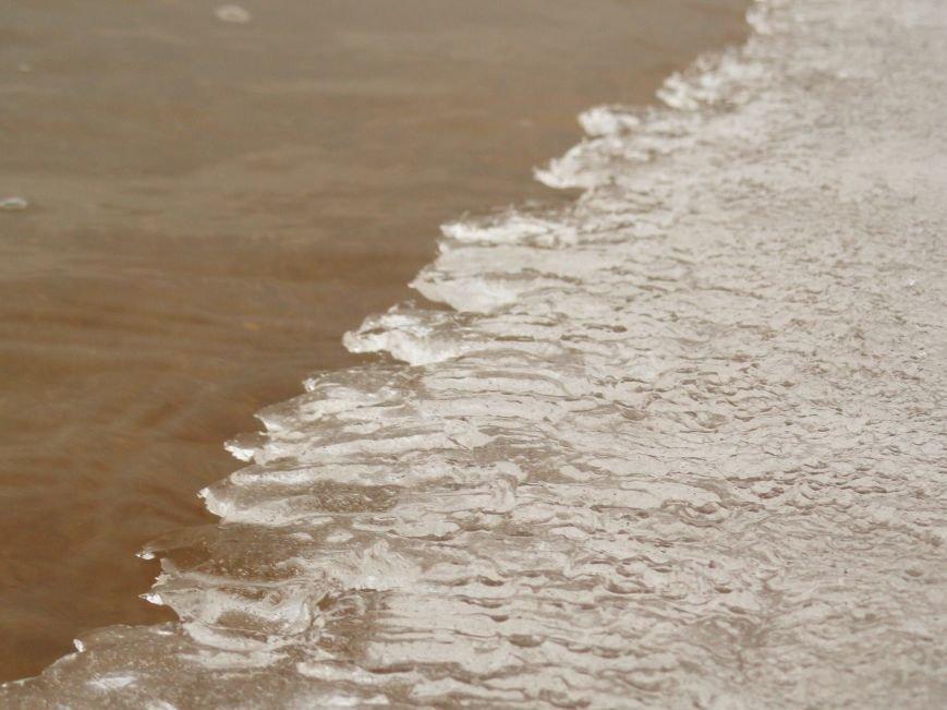 В Мариуполе на побережье ледоход (ФОТОФАКТ) (фото) - фото 2
