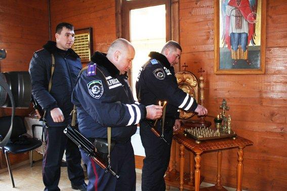 Группу одесских милиционеров отправили в АТО (ФОТО) (фото) - фото 1