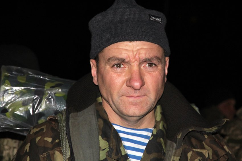 У Львові зустріли 300 десантників, які повернулись додому (ФОТОРЕПОРТАЖ) (фото) - фото 10