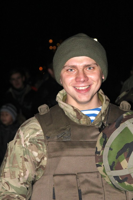 У Львові зустріли 300 десантників, які повернулись додому (ФОТОРЕПОРТАЖ) (фото) - фото 5