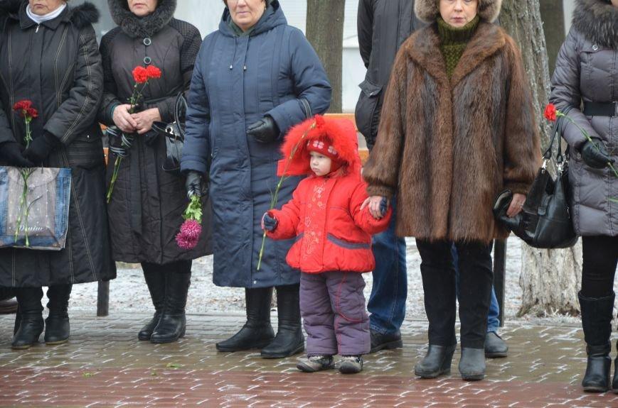 В Мариуполе скромно чествовали ликвидаторов аварии на ЧАЭС (ФОТОРЕПОРТАЖ), фото-5