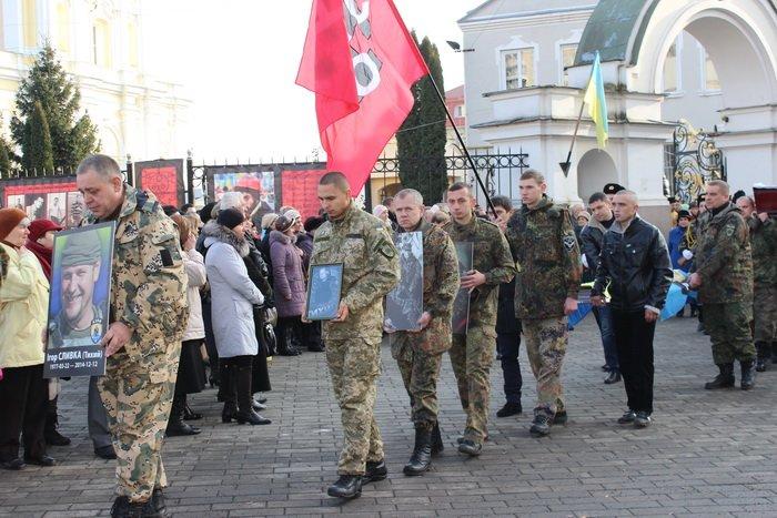 В Луцке простились с бойцом «Азова», погибшим под Мариуполем (ФОТО), фото-4