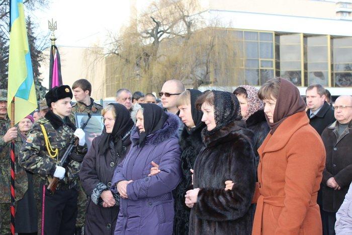 В Луцке простились с бойцом «Азова», погибшим под Мариуполем (ФОТО), фото-15