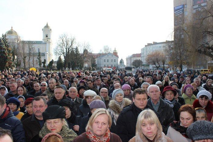 В Луцке простились с бойцом «Азова», погибшим под Мариуполем (ФОТО), фото-13