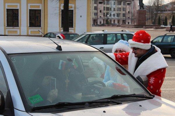 Водители пропустивших пешеходов получили подарки от ГАИ Гродно (Фото), фото-2