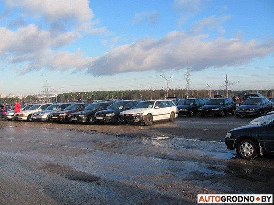 На Южном рынке открылся рынок по продаже конфискованных автомобилей (Фото), фото-1