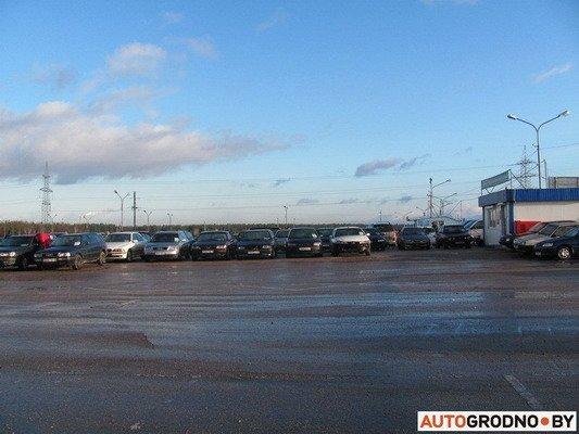 На Южном рынке открылся рынок по продаже конфискованных автомобилей (Фото), фото-3