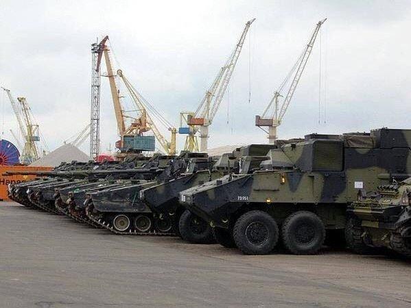 Фотографии с танками в порту сделаны не в Мариуполе (ФОТО), фото-1