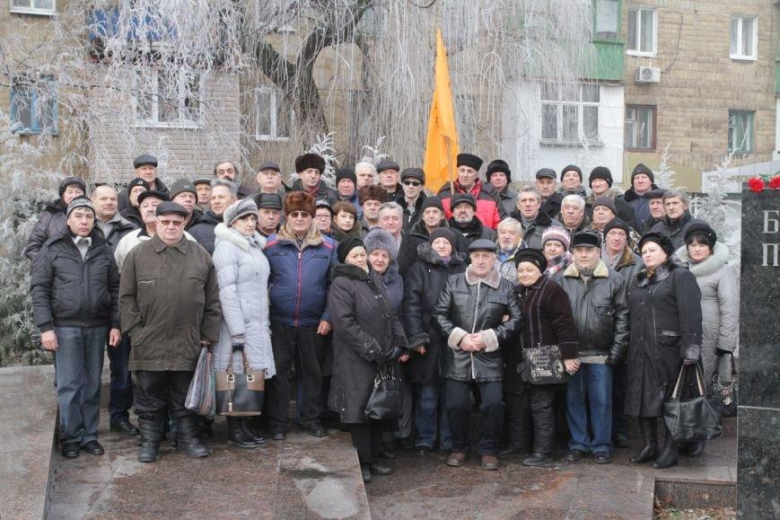В Макеевке почтили память земляков-«чернобыльцев» (фото) - фото 1