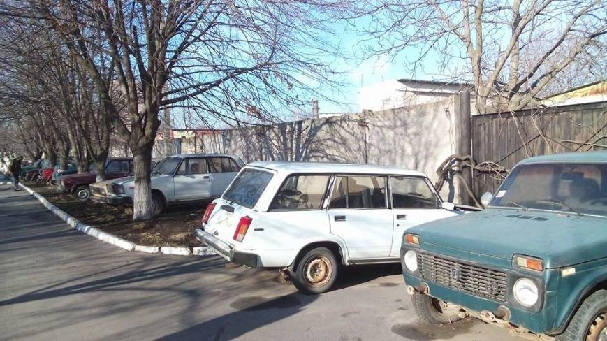 Активисты Евромайдана на броневике штурмуют фитосанитарную инспекцию Одесской области (ФОТО), фото-10