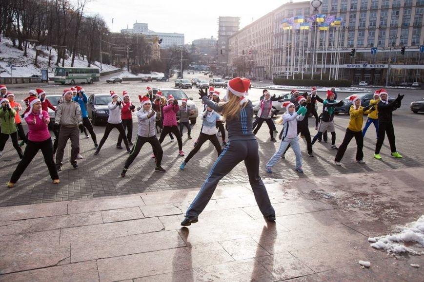В Киеве «святые Николаи» собрались на флешмоб (ФОТО) (фото) - фото 1