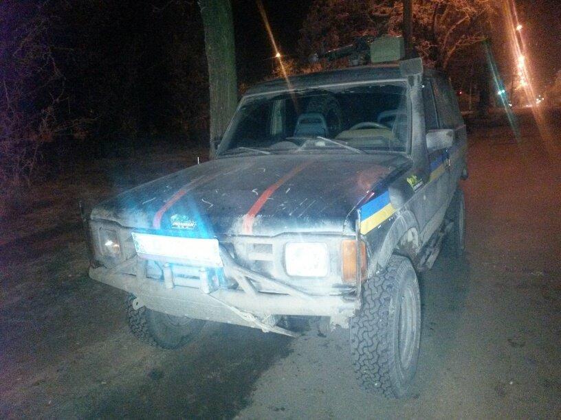 В Мариуполе милиционеры из Киева и Ивана-Франковска задержали китайский внедорожник, скрывшийся с места ДТП (ФОТО) (фото) - фото 1