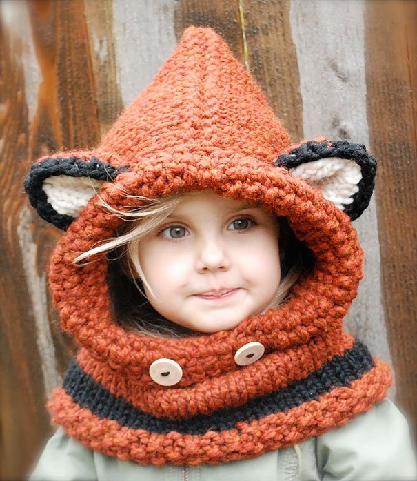 11699160-R3L8T8D-605-creative-knit-hats-1212__605-1