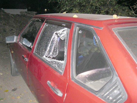 Серийный «автомобильный» вор каждую ночь разбивал по несколько машин (ФОТО) (фото) - фото 1