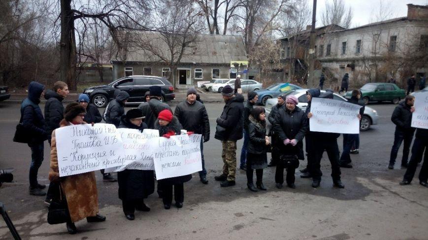 Активисты пикетировали Запорожский районный суд, требуя освободить подсудимых (ФОТО), фото-1